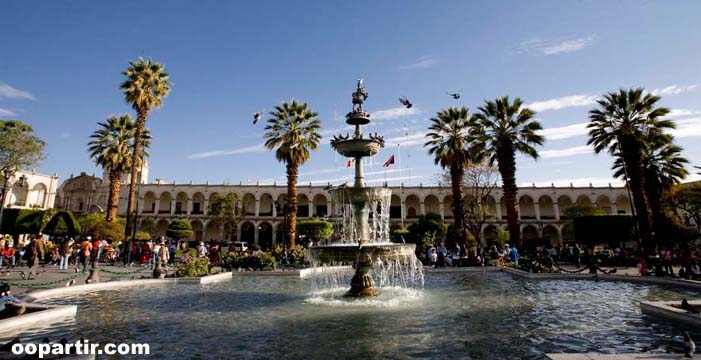 Arequipa, place d'Armes © PromPeru