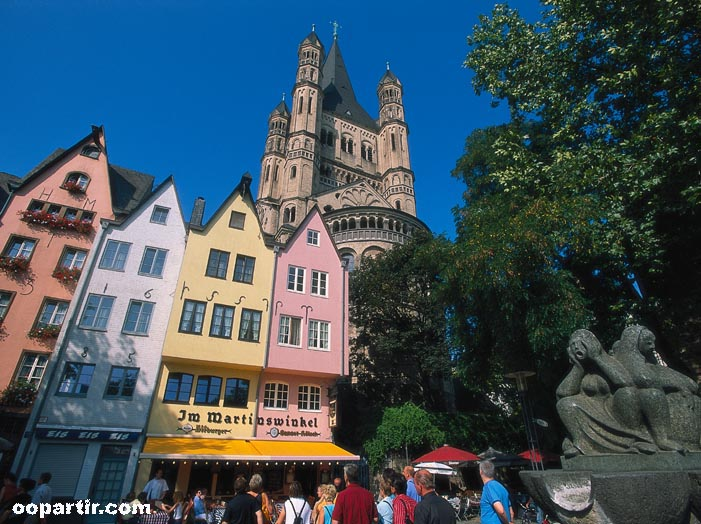 Cologne place saint martin © DZT