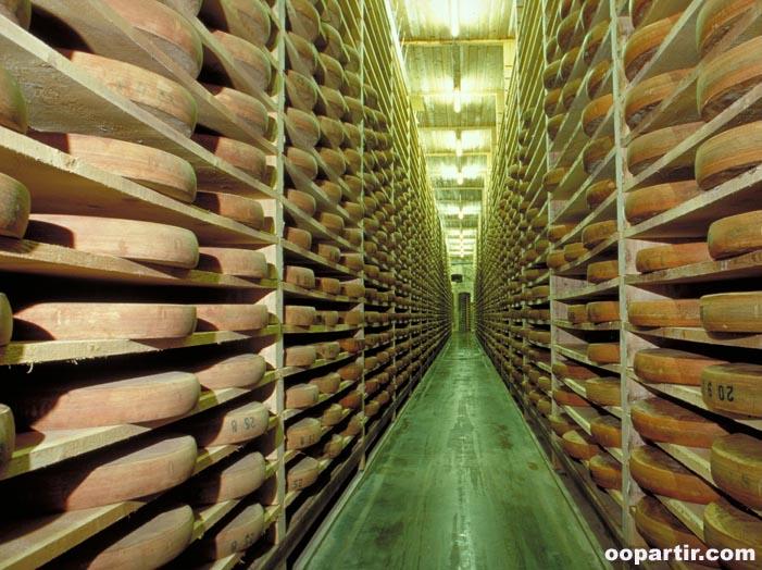 France franche comt guide voyage r gion franche comt tourisme escapade we - Cave affinage fromage electrique ...