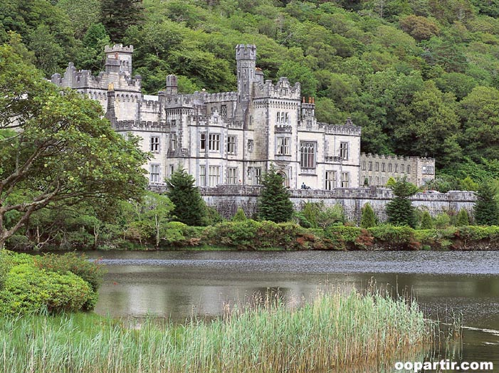 Kylemore Abbey, Connemara © Tourism Ireland