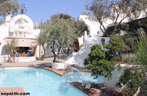 Esp barcelone catalogne reportage carnet voyage costa for Cadaques location maison piscine