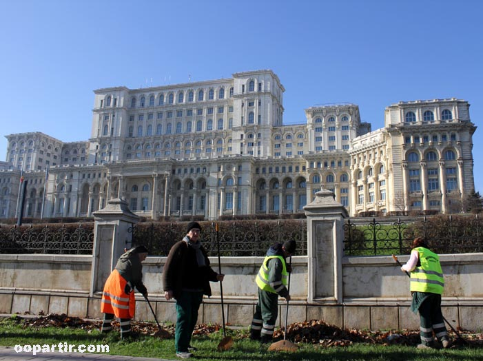 Parlement, Bucarest © oopartir.com