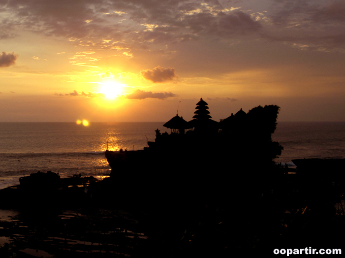 Tanah Lot, Bali © Indonesia.Travel